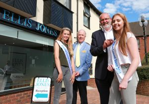Ringwood Carnival Queen begins countdown to 2017 event