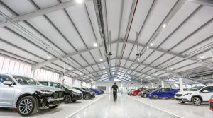 Snows opens state-of-the-art car repair centre in Southampton