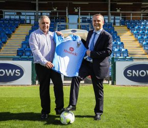 Snows signs as stadium sponsor for The Stags