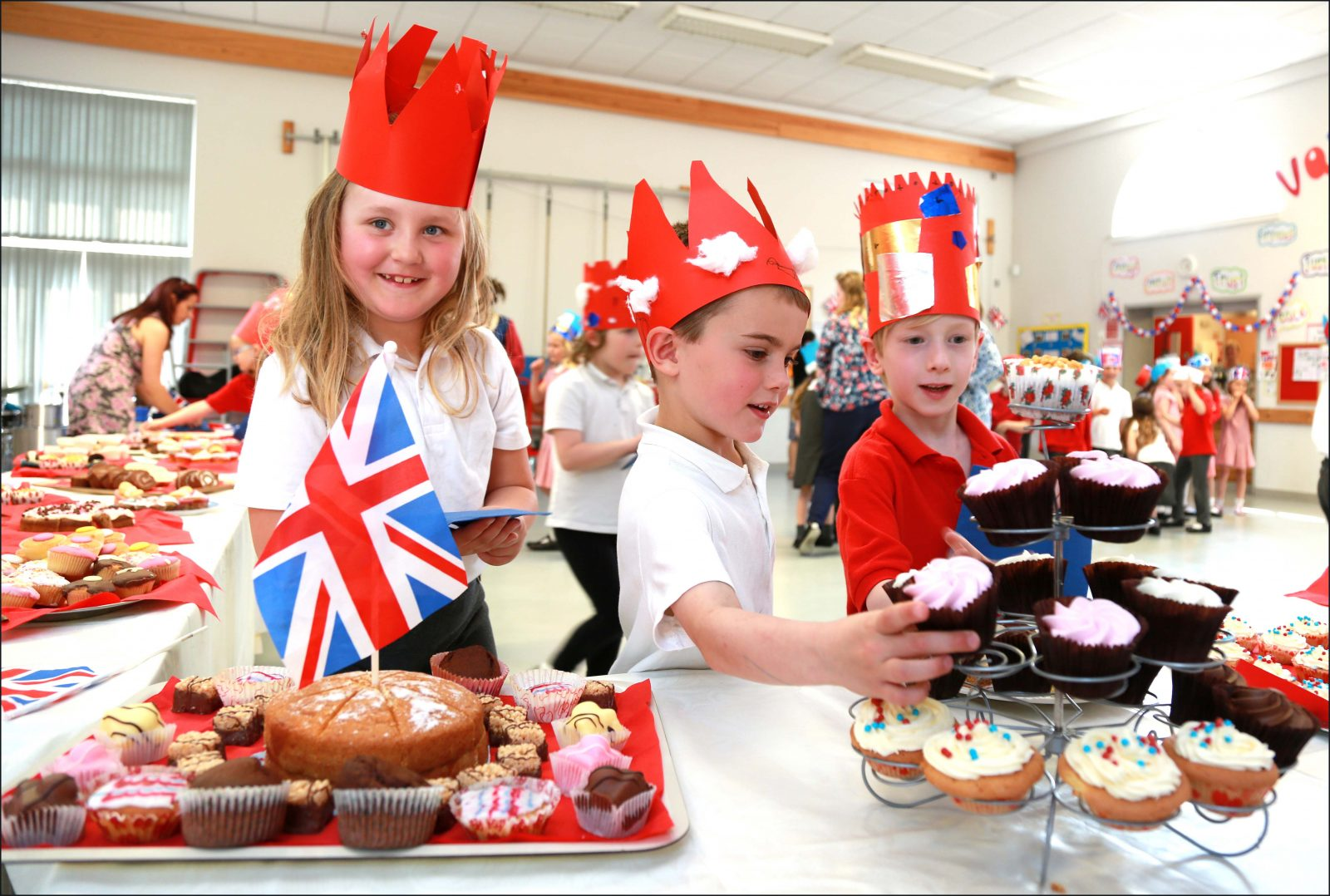 St John's Infant School in Wimborne celebrated the Queen's 90th birthday with a special garden party.