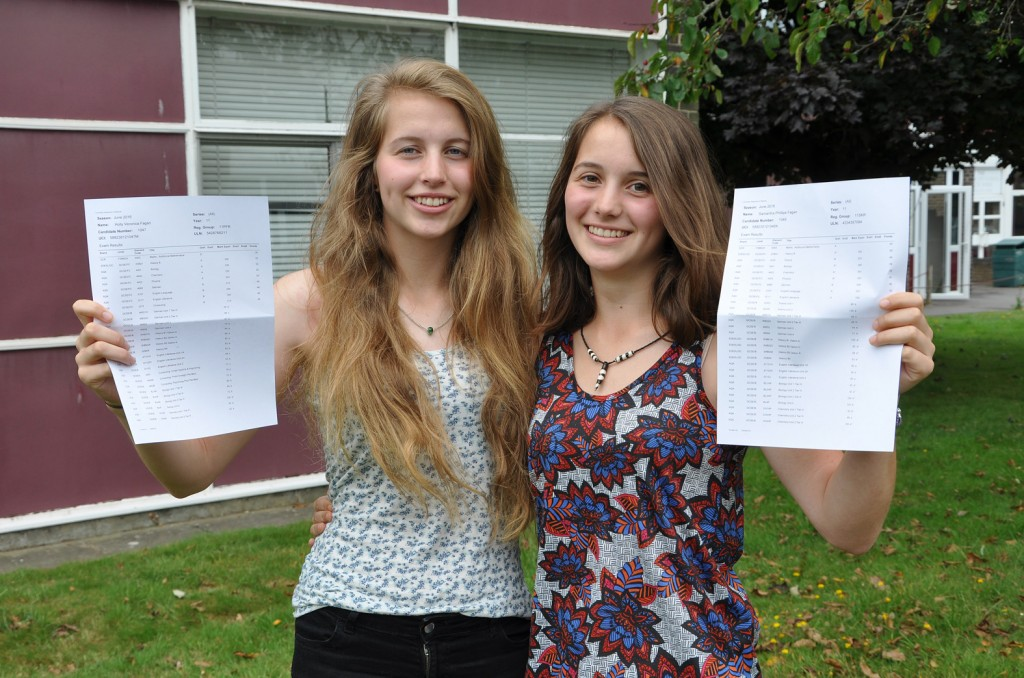 Arnewood School's high achieving twins Holly (left) and Sammy (right) Fagin.