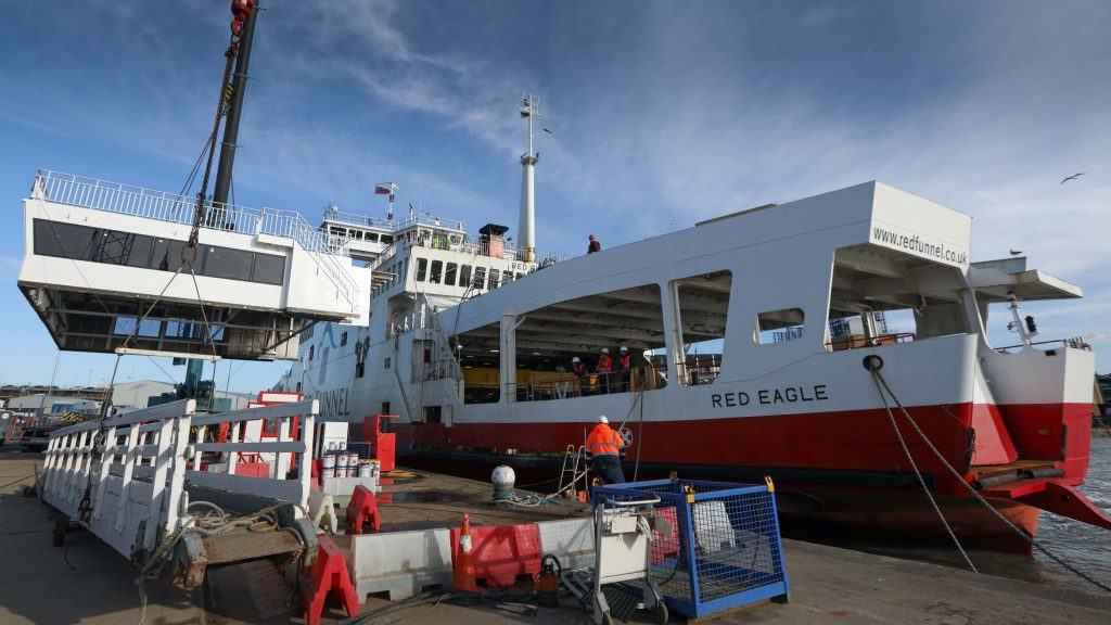 Red Funnel - Red Eagle Lounge Lifts - Southampton Marine Services