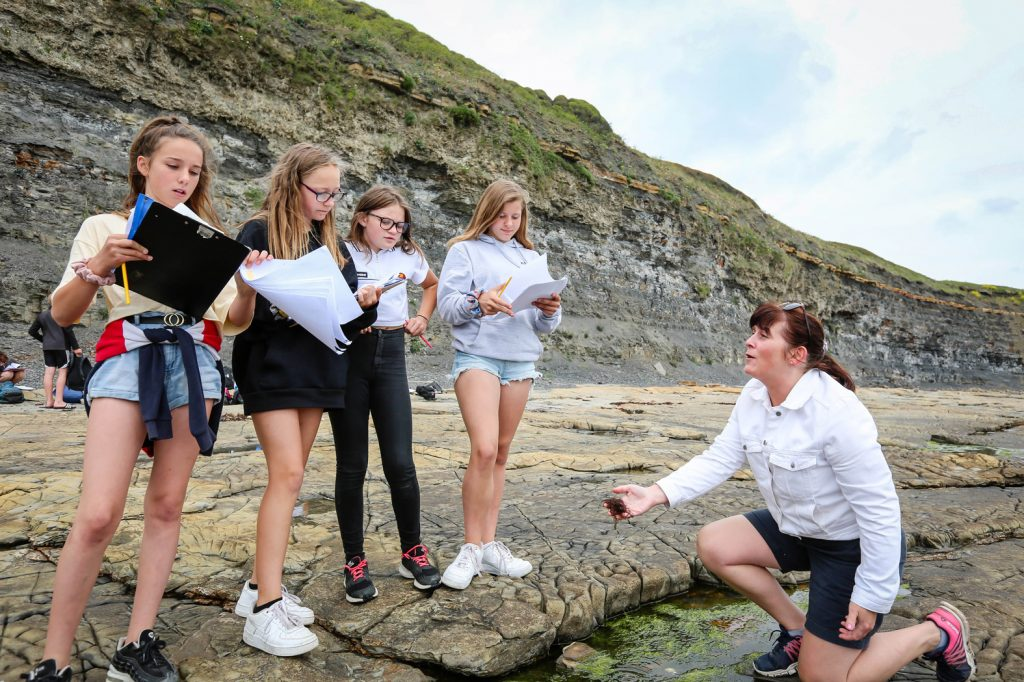 Pupils from Allenbourn Middle School took part in an educational trip to Kimmeridge Bay, as well as learning about the local enviroment they enjoyed some rock pooling.